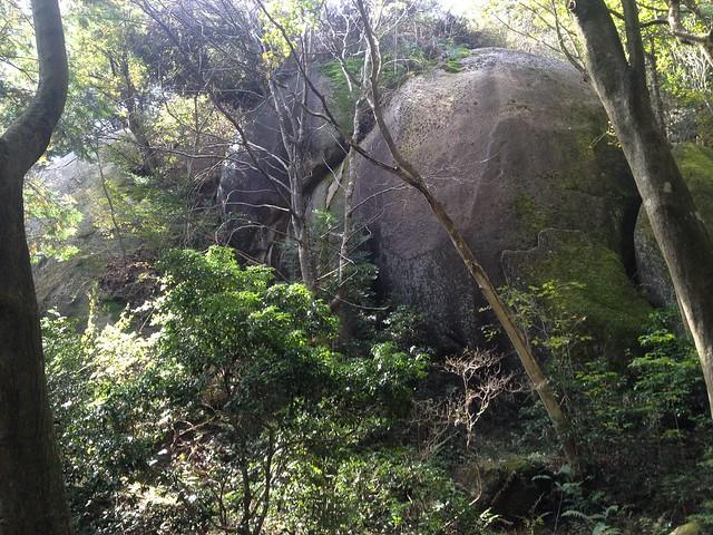 鬼岩公園 蓮華岩・烏帽子岩めぐりコース 巨岩