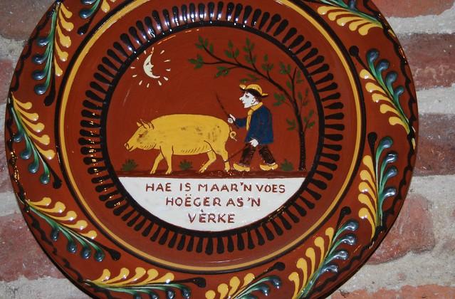 Folklorebord...