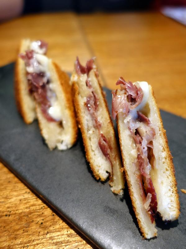 Rambla Rockwell - Bikini Sandwich-002