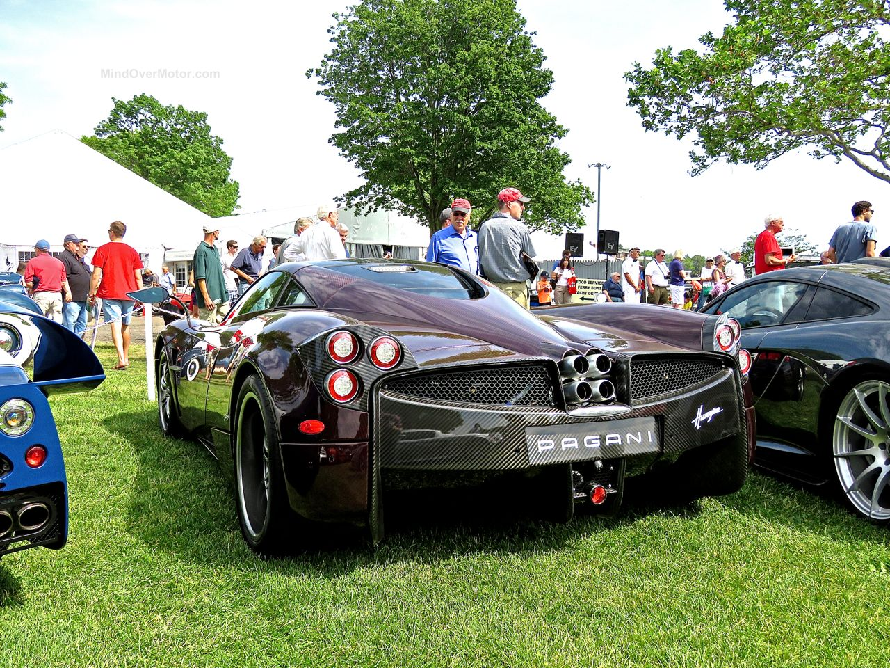 Red Carbon Pagani Huayra 5