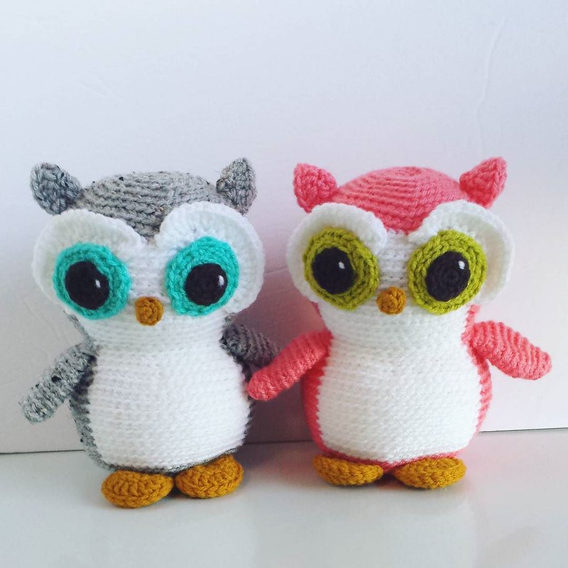 finished the owls! Every time I make one, I fall in love, they're so cute 💕 . . . #crochetaddicts #crochetersofinstagram #crochetgirlgang #craftastherapy #freshstitches #toymakers #crochet #crochetconcupiscence #makersgonnamake #amigurumi #amig