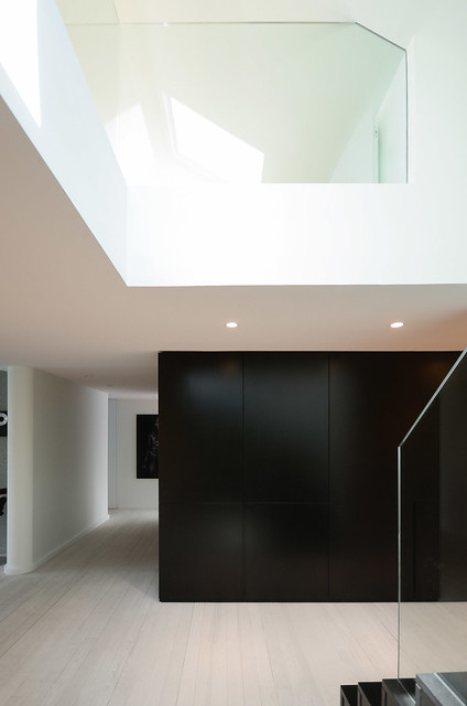 Attic interior by f+f architectes. Sundeno_09