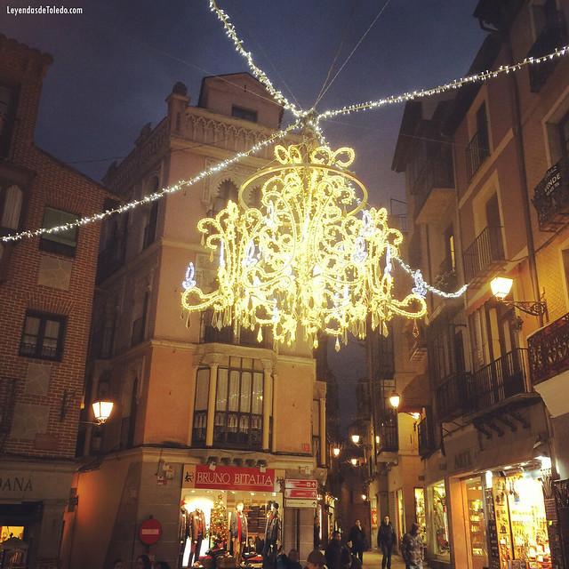 La lámpara de las Cuatro Calles #Toledo #Navidad #RutasdeToledo