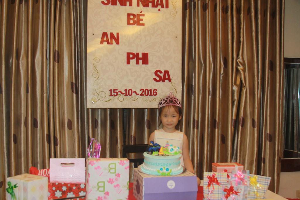 Tiệc sinh nhật bé An Phi Sa Ngày 15/10/2016