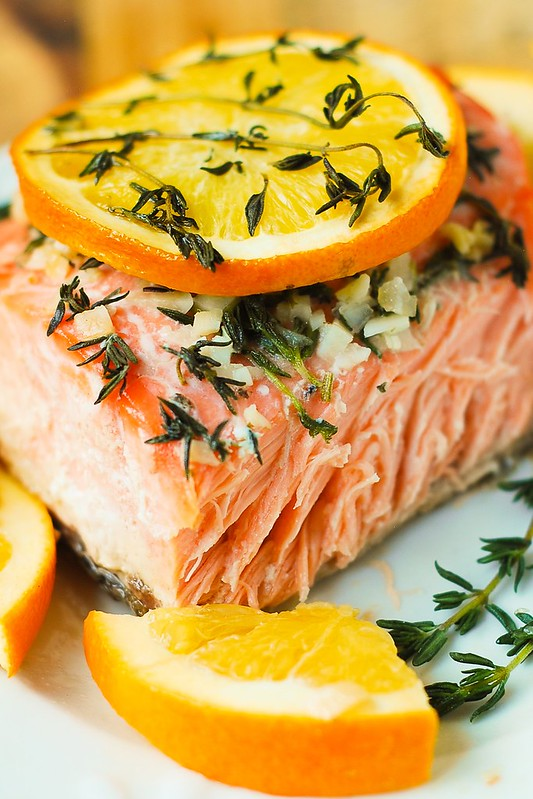 garlic salmon, salmon in foil, baked salmon, healthy salmon