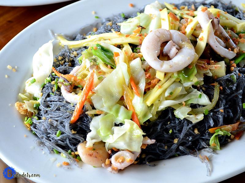 Kawit pancit noodles squid