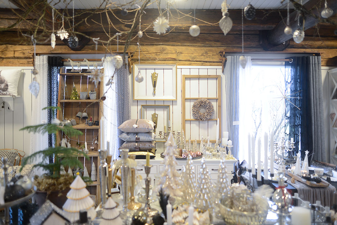 Decor shop at Pökkylän Punanen Tupa