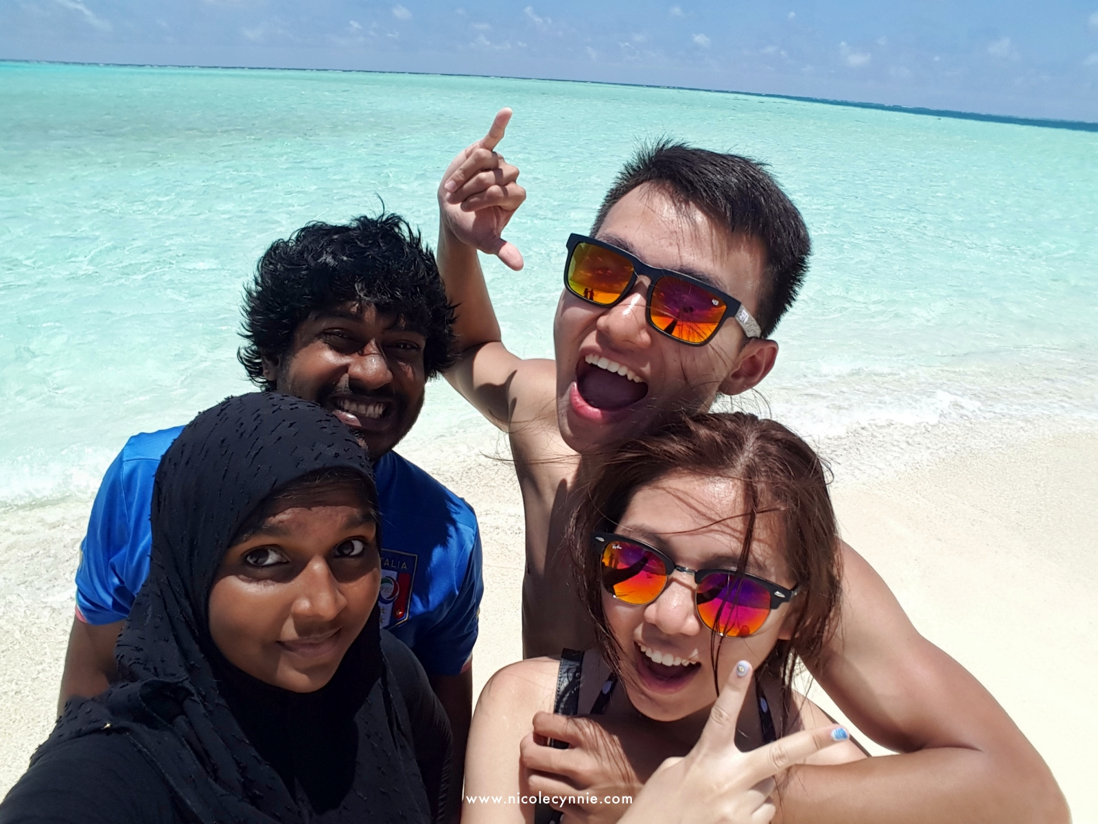 Nicole Cynnie | Sand Bank, Maldives 2