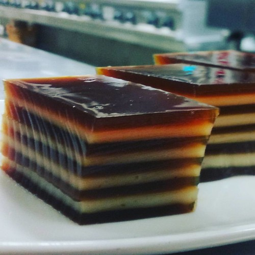 Coffee and coconut flavoured agar agar for dessert class. I wasn't ...