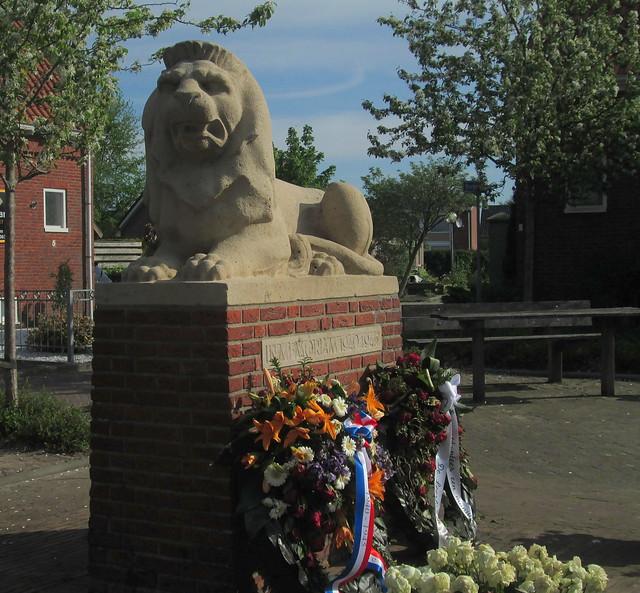 Doezum War Memorial 2
