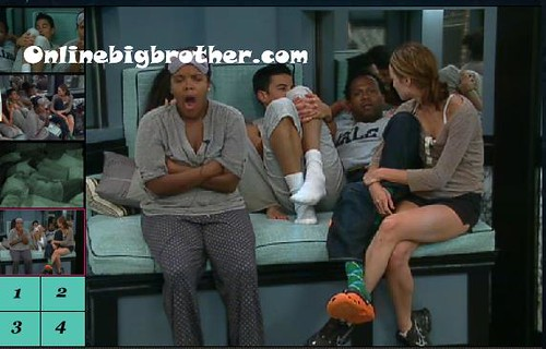 BB13-C4-7-14-2011-3_49_25.jpg | by onlinebigbrother.com