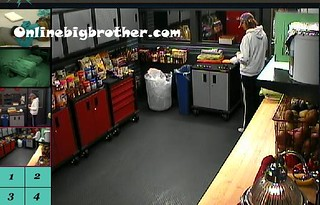 BB13-C4-7-24-2011-9_11_37.jpg | by onlinebigbrother.com