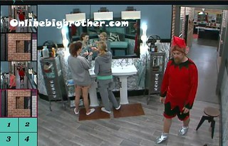 BB13-C4-7-30-2011-12_36_25.jpg | by onlinebigbrother.com