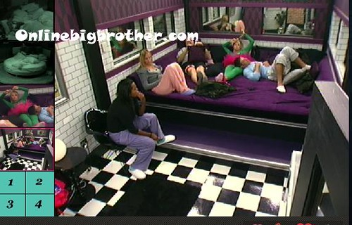 BB13-C4-8-18-2011-2_09_16.jpg | by onlinebigbrother.com