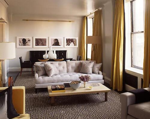 Light gray living room yellow accents benjamin moore 39 a for Living room yellow accents