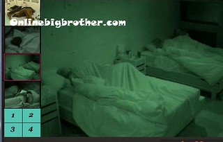 BB13-C3-8-7-2011-9_27_28.jpg | by onlinebigbrother.com