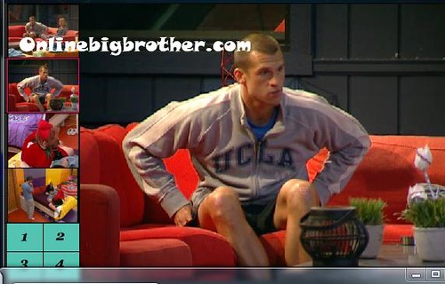 BB13-C1-8-2-2011-2_45_20.jpg | by onlinebigbrother.com