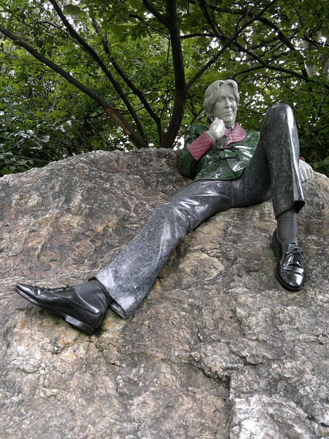 The Oscar Wilde Statue in Merrion Park