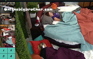 BB13-C4-7-28-2011-10_14_03.jpg | by onlinebigbrother.com