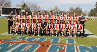 NEAFL 2011 Grand Final 124 Div 1 Team Photo | by Tricolours