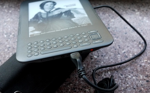 Charging the Kindle with solar power | by travelling two