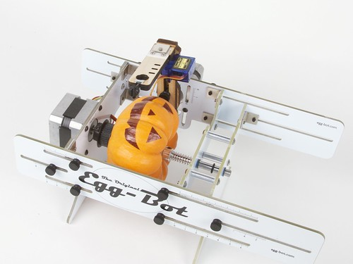 mini jack-o-lantern in eggbot | by 1lenore