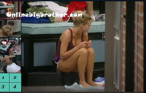 BB13-C2-9-12-2011-1_22_53.jpg | by onlinebigbrother.com