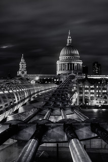 The Bridge to St Paul's | by murphyz