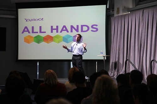 CEO Scott Thompson greets Yahoos at Sunnyvale HQ | by Yahoo Inc