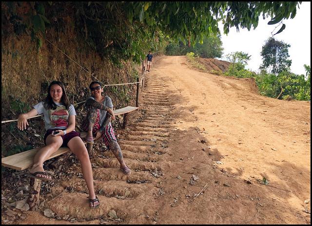Path up to Samet Nangshe Viewpoint