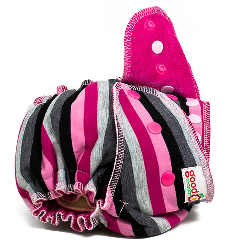 Chunnel One-Size Fitted Diaper | by thegoodmama.com