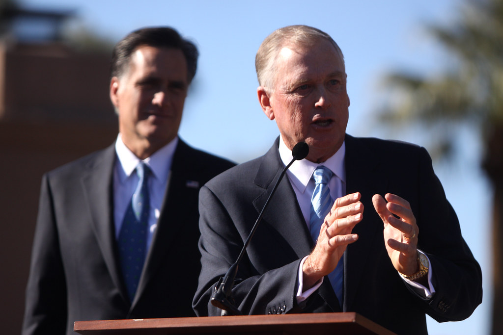 Mitt Romney with Dan Quayle at rally in Paradise Valley, AZ ...