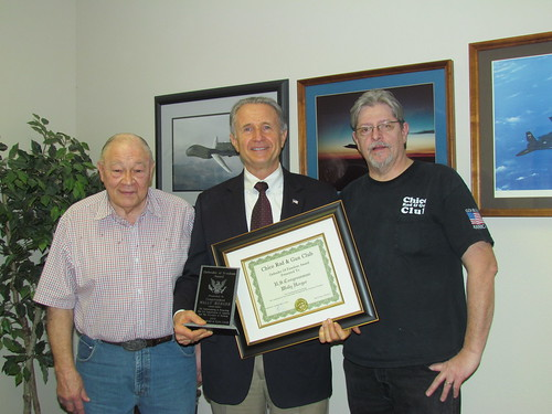 Congressman Herger receiving 2011 Defender of Freedom Award from the Chico Rod & Gun Club | by repwallyherger