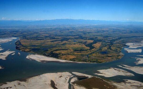river-island-majuli