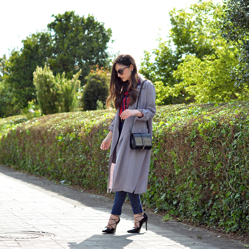 zara_sheinside_ootd_outfit_lookbook_gabardina gris_ jeans_04