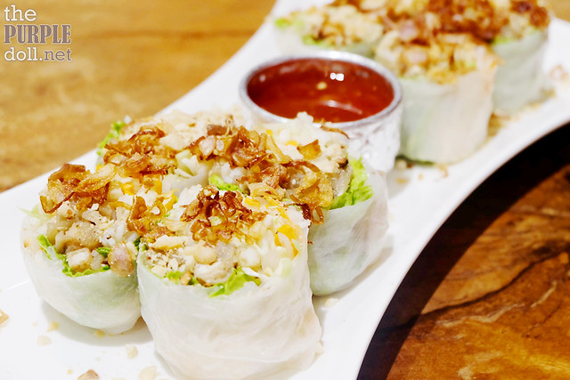 Poh Pia Sod (Fresh Vegetable Spring Roll) (P175)