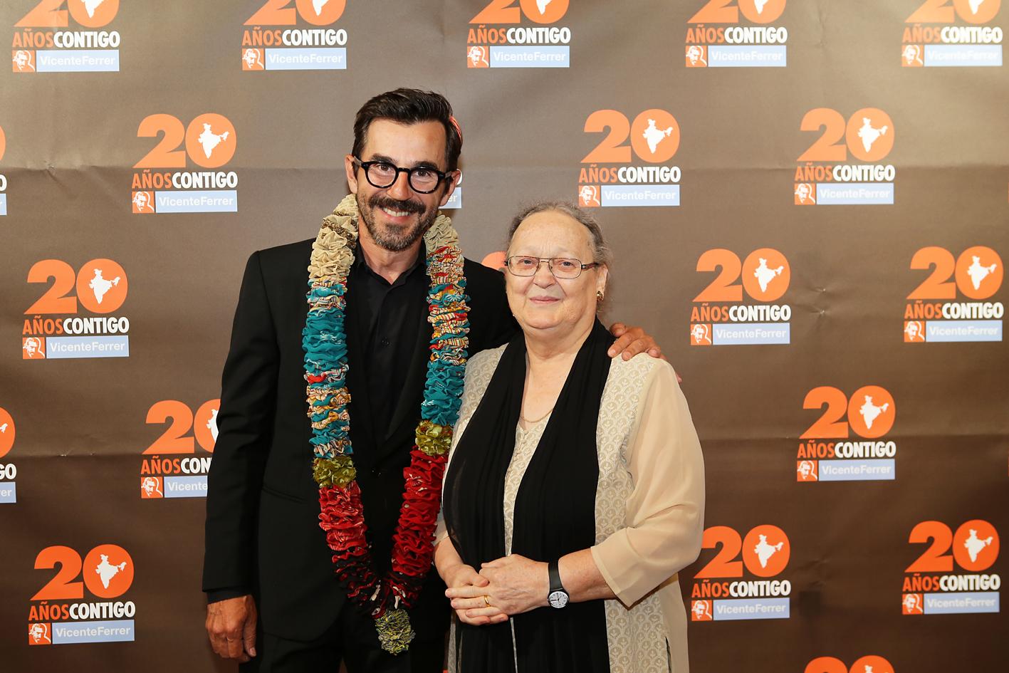 Fundacio n Vicente Ferrer-Santi Millán, Ana Ferrer