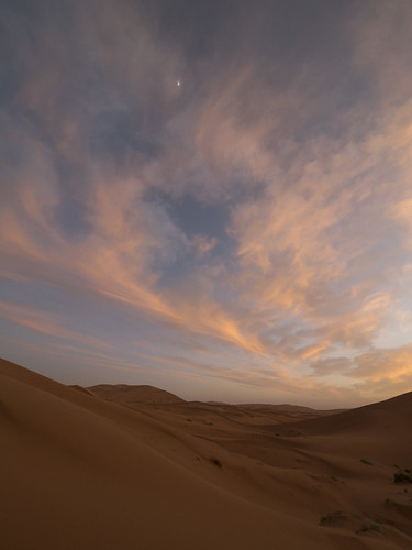 Sahara Sunset, Morocco with Panasonic GX1 and Lumix 7-14mm lens | by Cameralabs