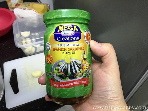 mega sardines 1