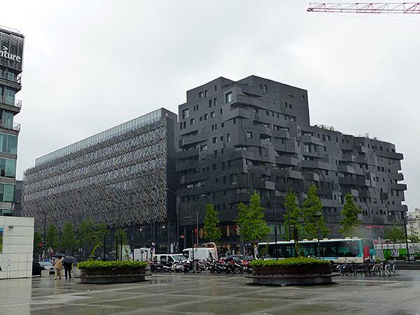 immeuble noir