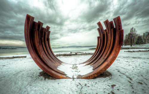 Arc 217.5 X 13, Bernar Venet, Sunset Beach