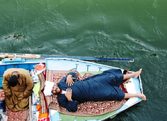 Boat traders....Rest & recuperation by Richa500