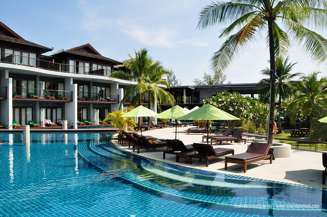 Free Form Pool at Holiday Inn Resort Krabi