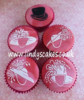 Wedding hat stencilled cupcakes by Lindy Smith | by Lindy's cakes