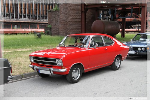 1971 opel kadett b coupe 02 the kadett b came in 1966. Black Bedroom Furniture Sets. Home Design Ideas