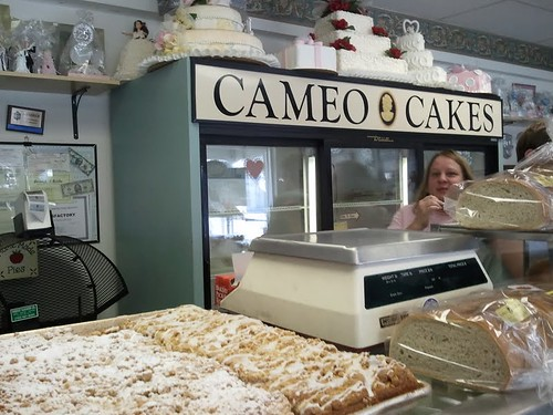 Cameo Cakes, Brielle | by cakespy