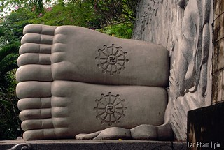 buddha's feet | by Lan | MoreStomachBlog