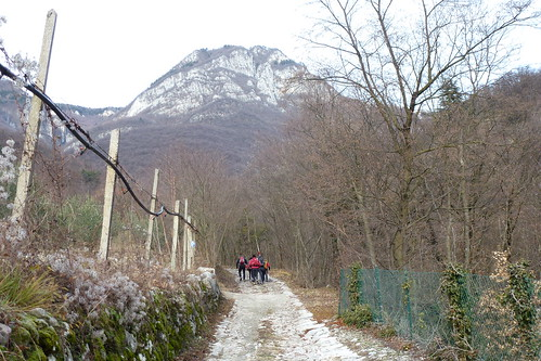 the beginning - monte Cerbiolo above is waiting for us | by briiblog