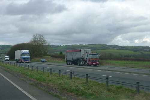 PENTONS HAULAGE FH 12 and    MANSEL DAVIES FL 12  VOLVO | by gerwil