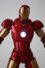 [Revoltech] Sci-Fi #036 Iron Man Mark III